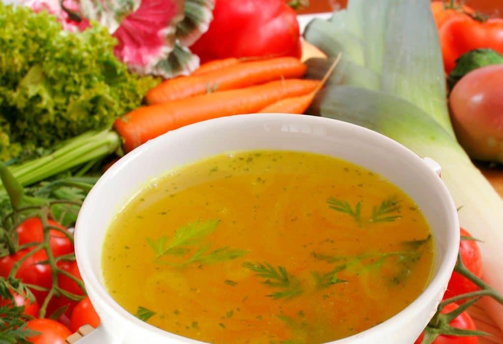 Domaća supa za zdrave kosti i zategnutu kožu